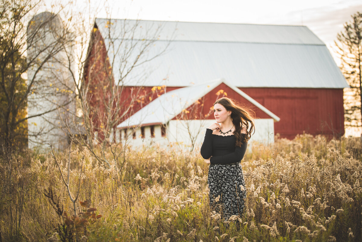 Grand-Rapids-MI-Outdoor-Senior-Pictures-18