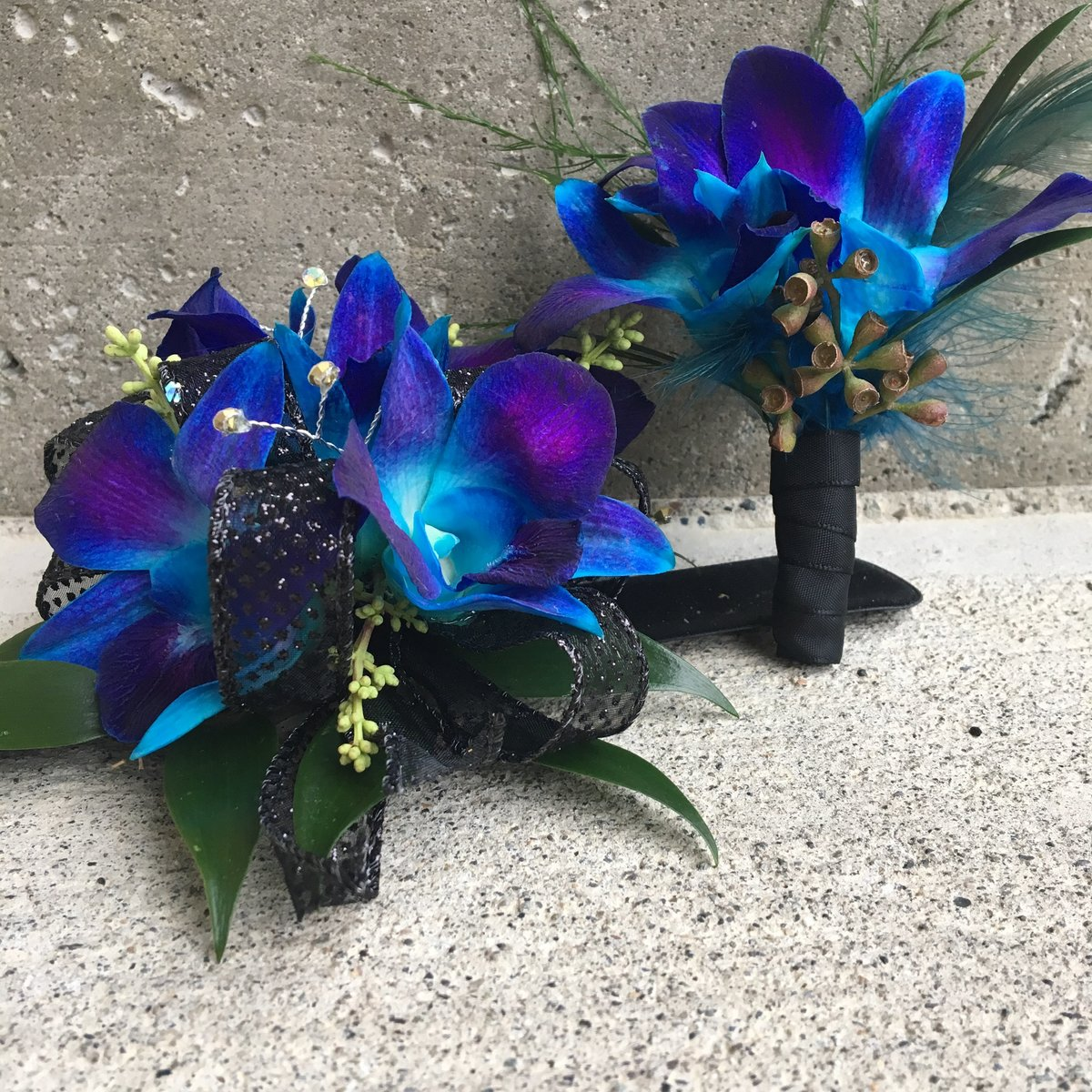 Blue Dendrobium prom set