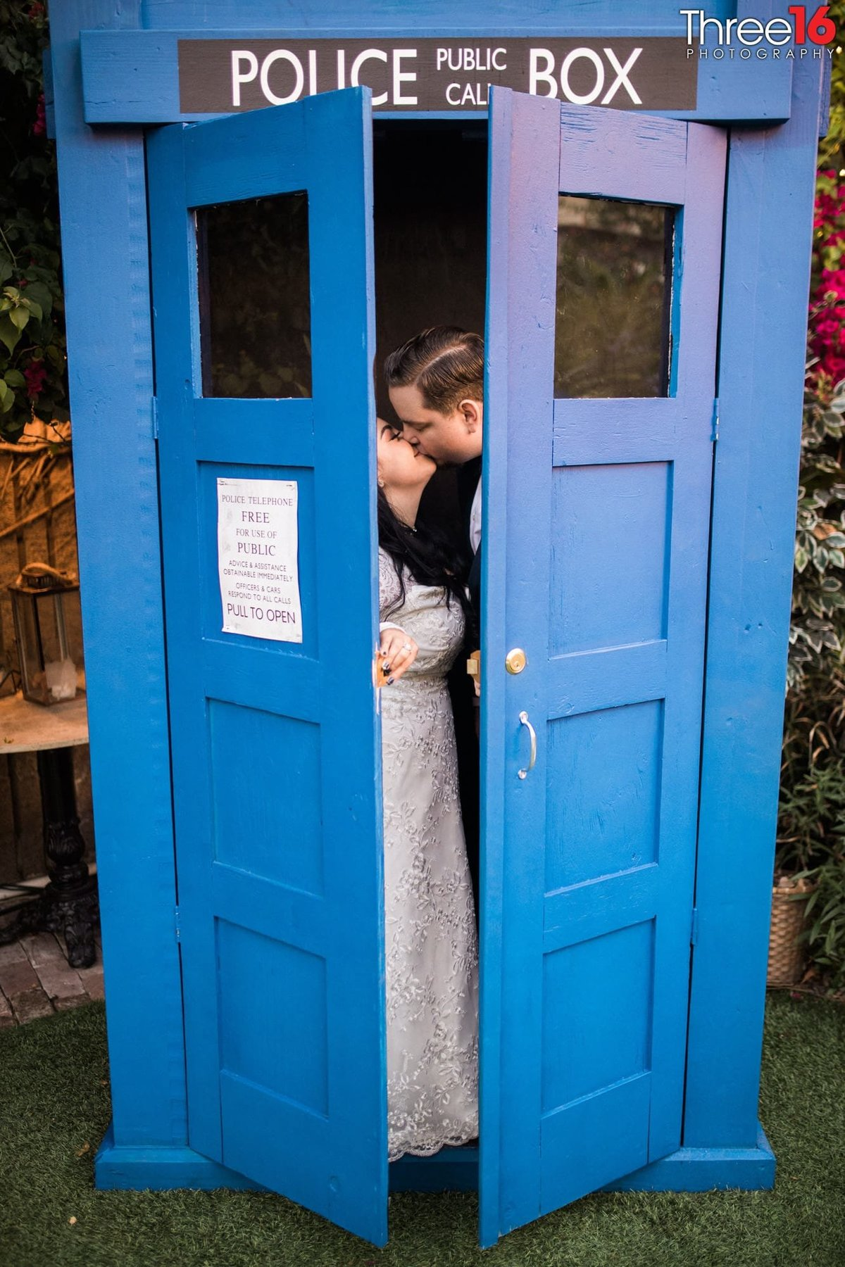 dr who themed wedding