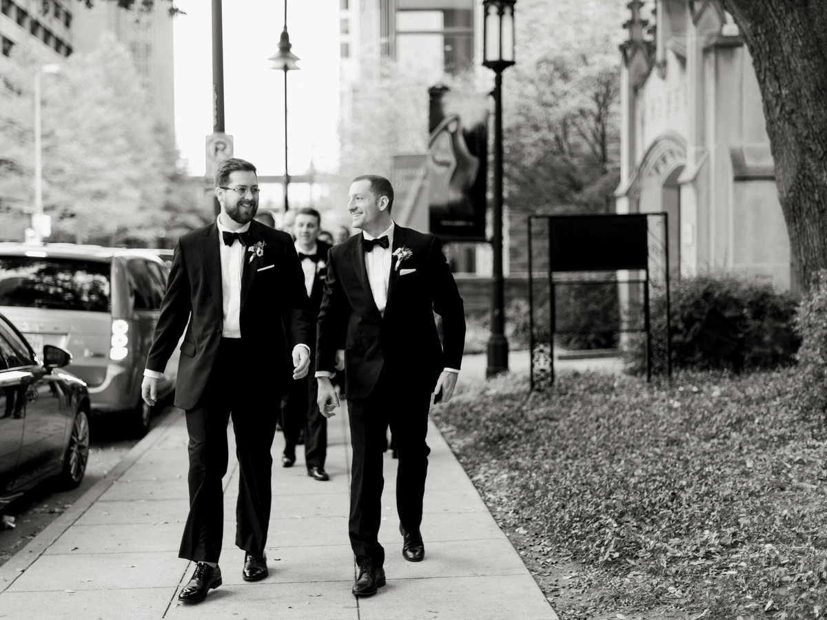 Courtney Hanson Photography - Festive Holiday Wedding in Dallas at Hickory Street Annex-3919