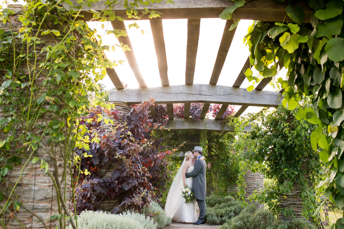 june wedding at hestercombe gardens somerset