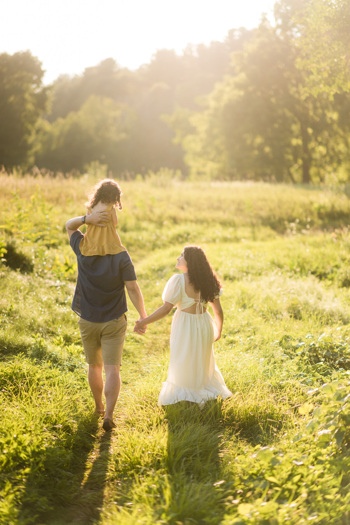 Boston-family-photographer-bella-wang-photography-Lifestyle-session-outdoor-wildflower-28