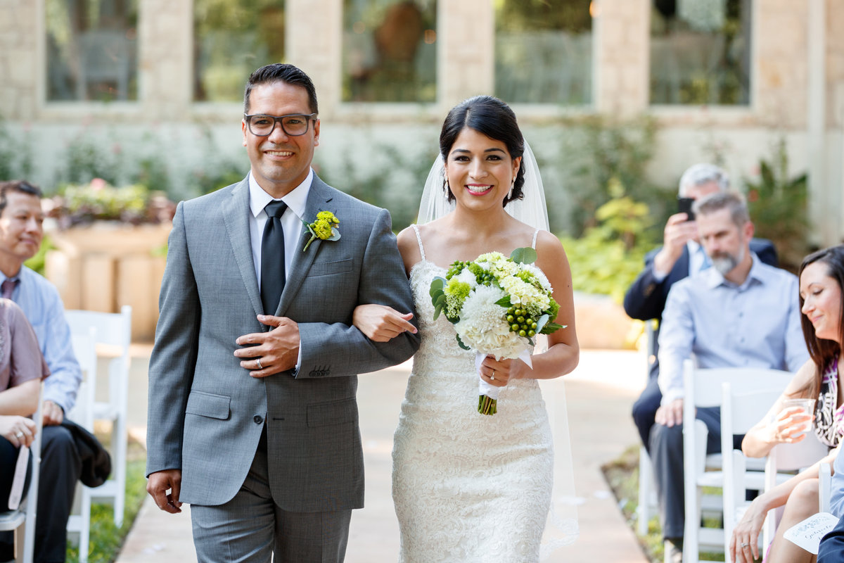 Austin wedding photographer casa blanca on brushy creek bride brother