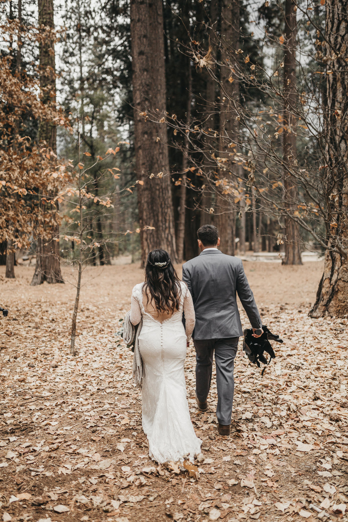 athena-and-camron-how-to-elope-in-yosemite-valley-lower-valley-woods17