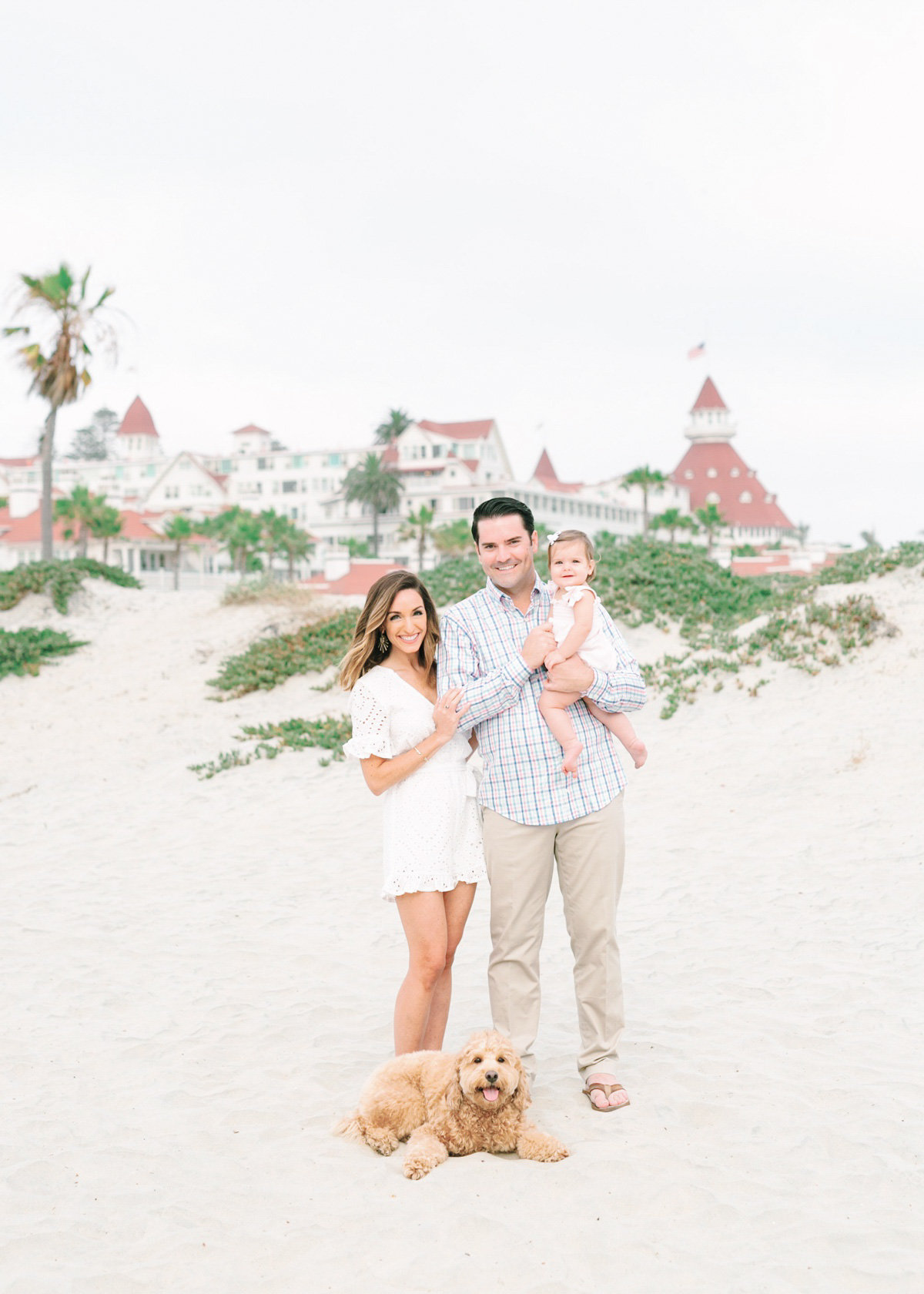Family-Photos-In-Coronado-Hotel-Del_0001