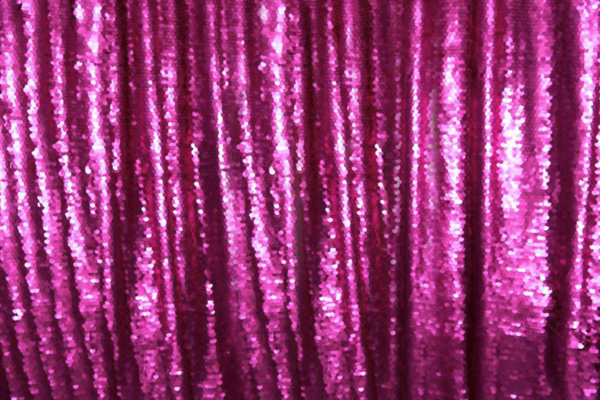 Cure-Sequin-Backdrops-BananaWhoBooth