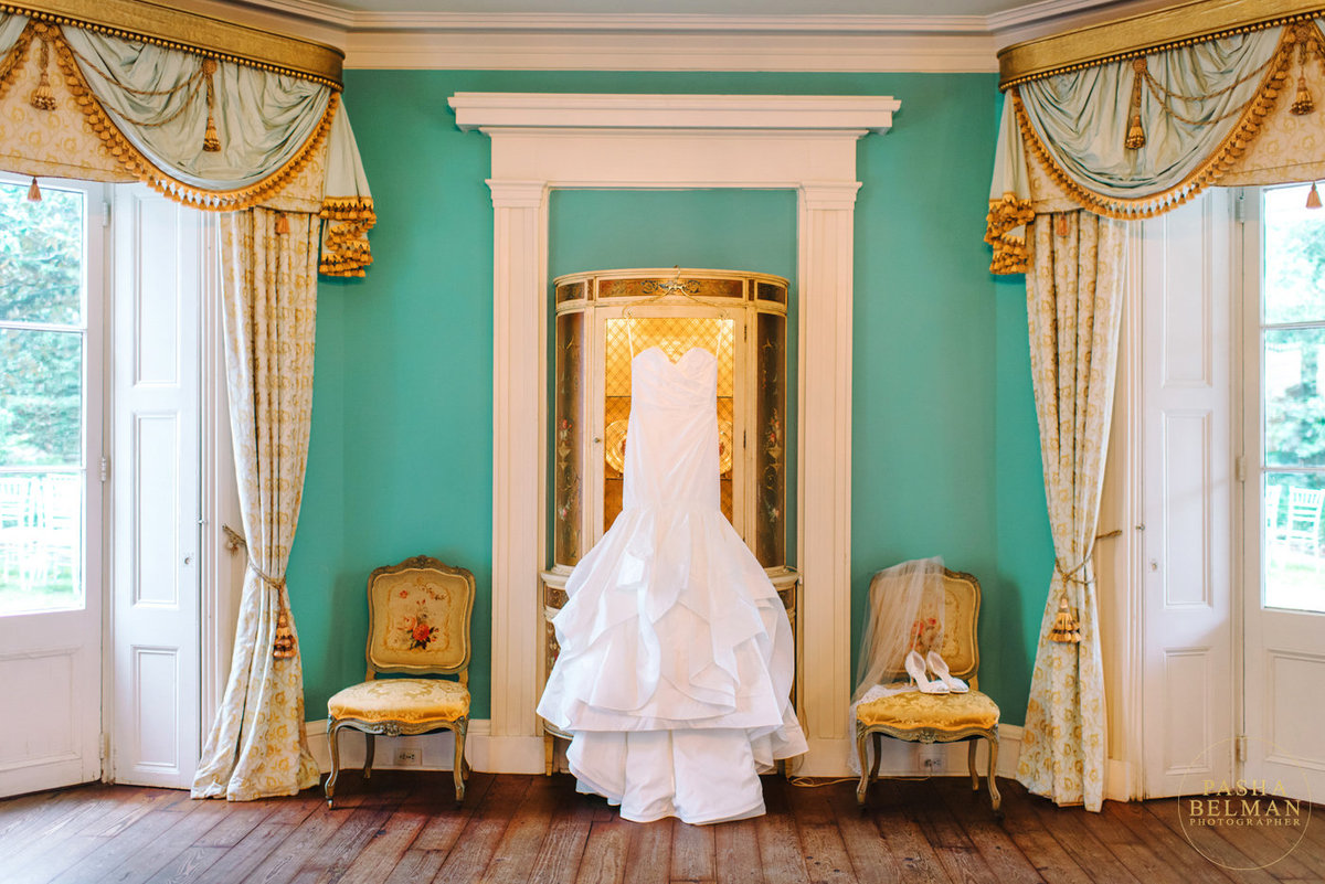 The William Aiken House | Charleston Wedding by Pasha Belman Photographers