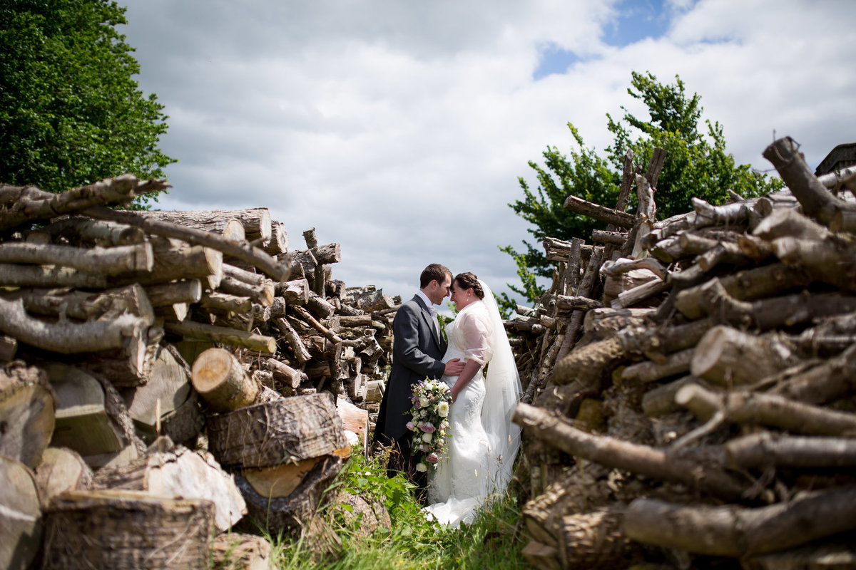 september wedding at the corn barn devon