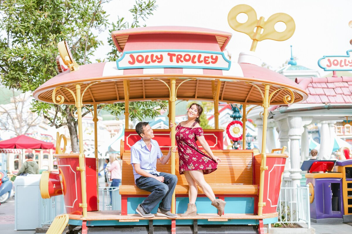 Disneyland-Engagement-Session-0013