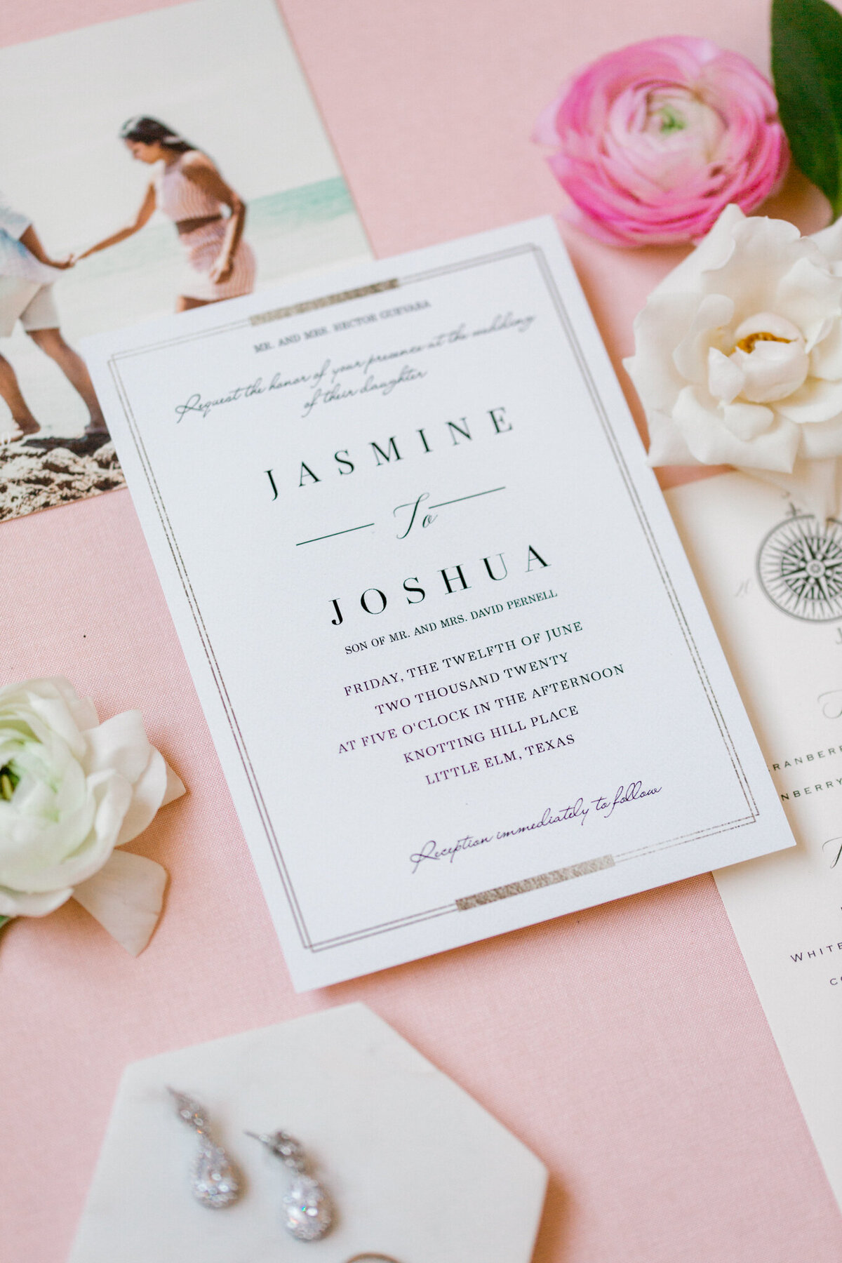Jasmine & Josh Wedding at Knotting Hill Place | Dallas DFW Wedding Photographer | Sami Kathryn Photography-21