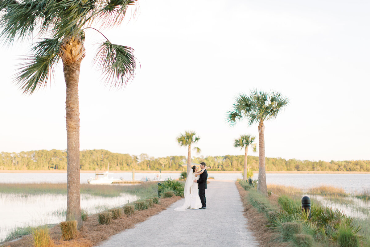 Powell_Oldfield_River_Club_Bluffton_South_Carolina_Beaufort_Savannah_Wedding_Jacksonville_Florida_Devon_Donnahoo_Photography_0933