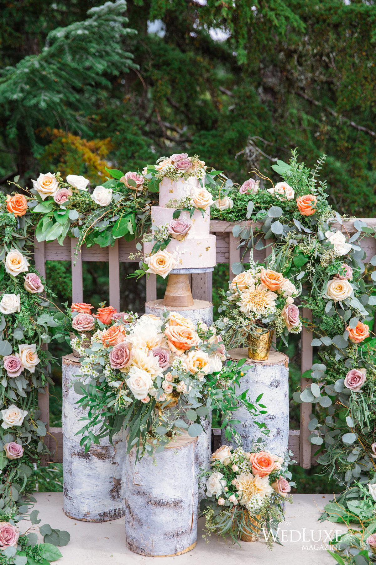 FLORAL GARLAND STUMPS