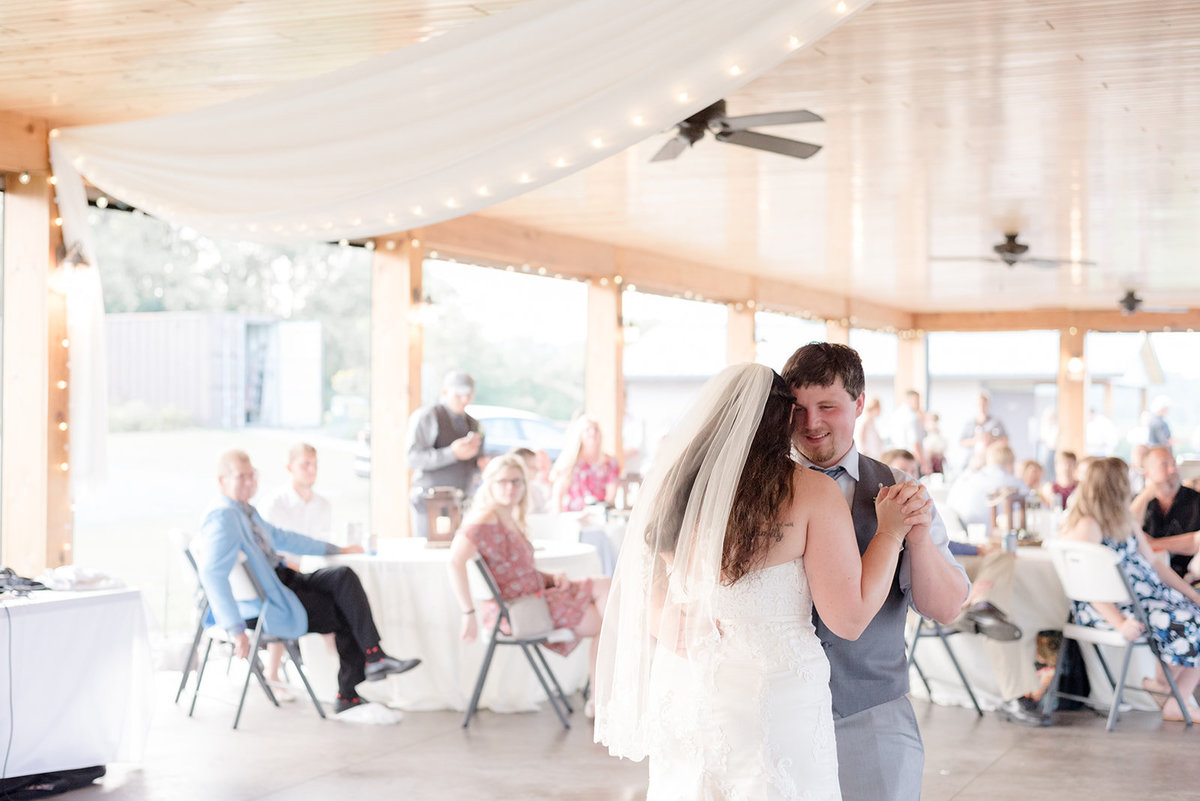 First Dance between Bride and Groom at Ridgetop in Prescott Wisconsin