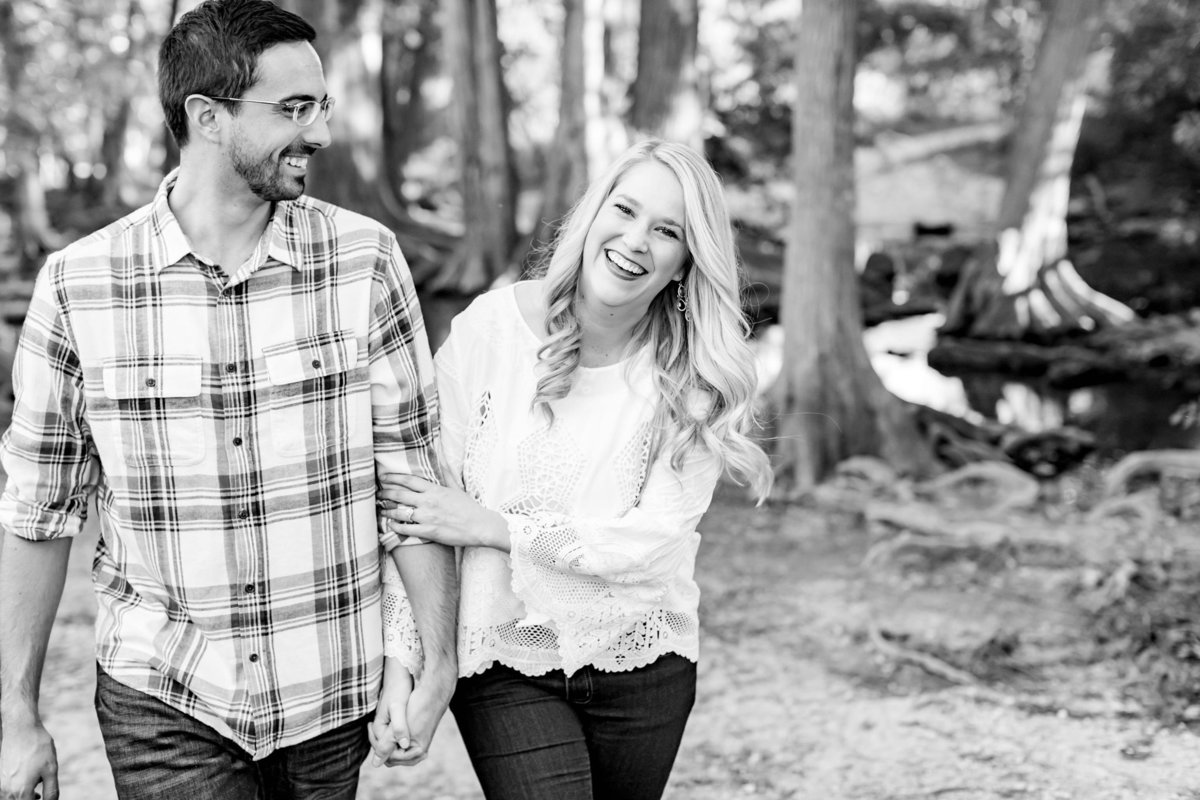 Engagement-Session-At-Cibolo-Nature-Center-Dawn-Elizabeth-Studios-Boerne-Wedding-Photographer_0149