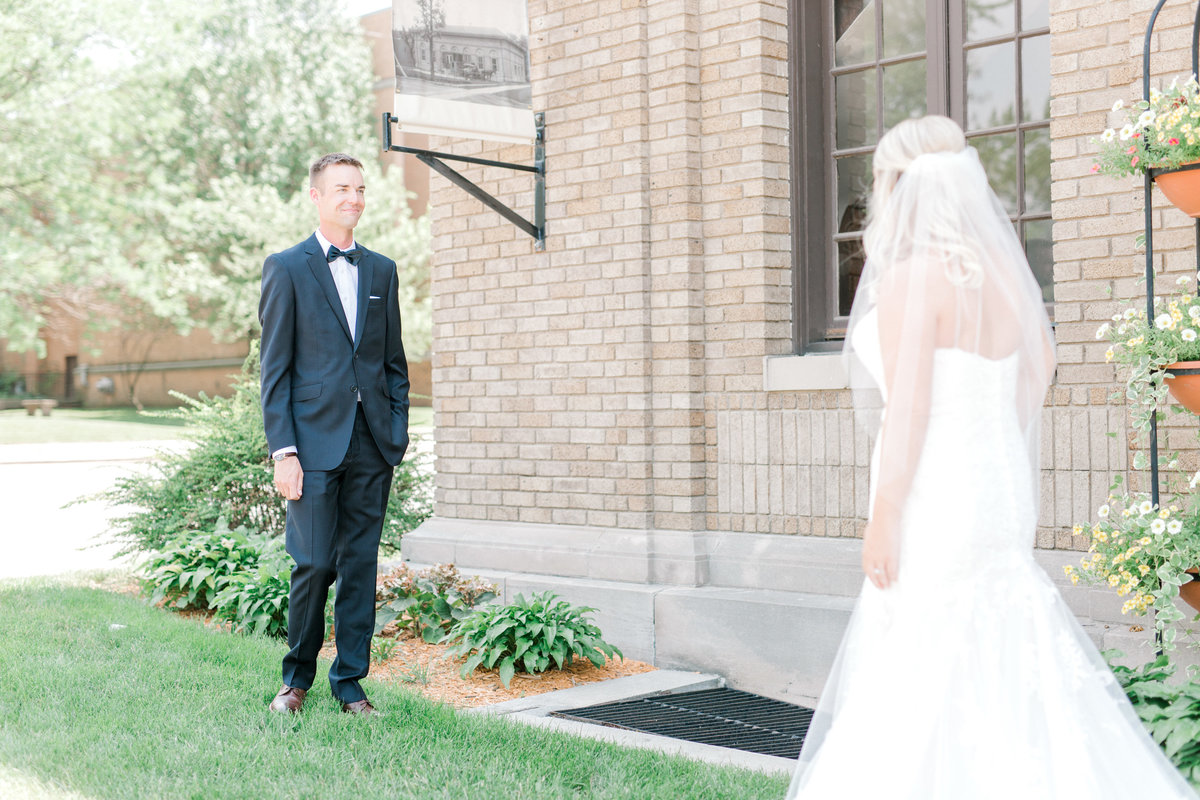 la poste perry iowa wedding photographer danielle+daniel-4711