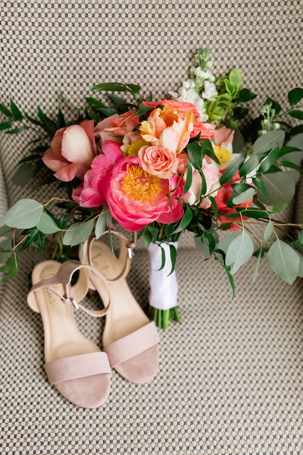 Detroit Yaght Club Wedding With Laura And John Details Bridal Bouquet