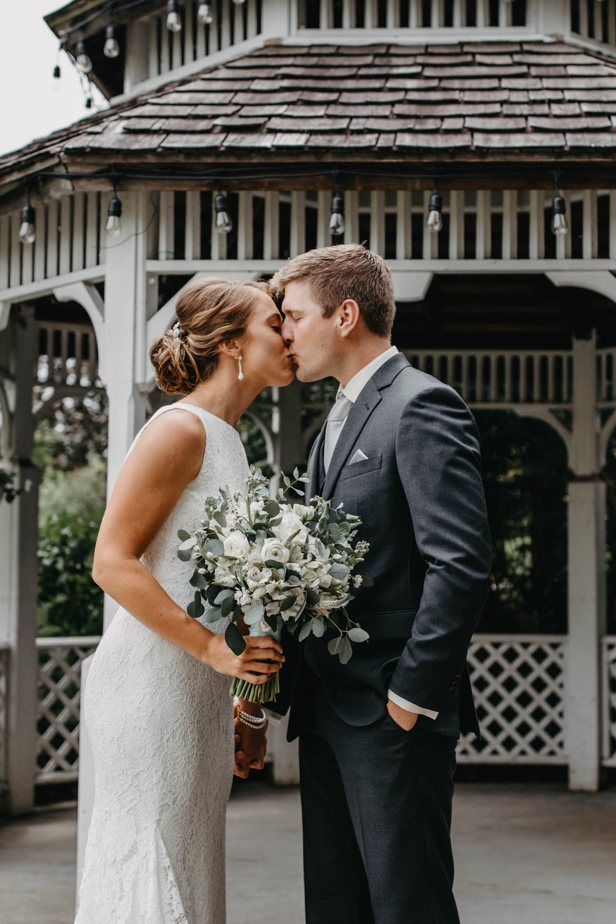 gazeebo-wedding-first-look-bolingbrook-il-elopement-photographer-8