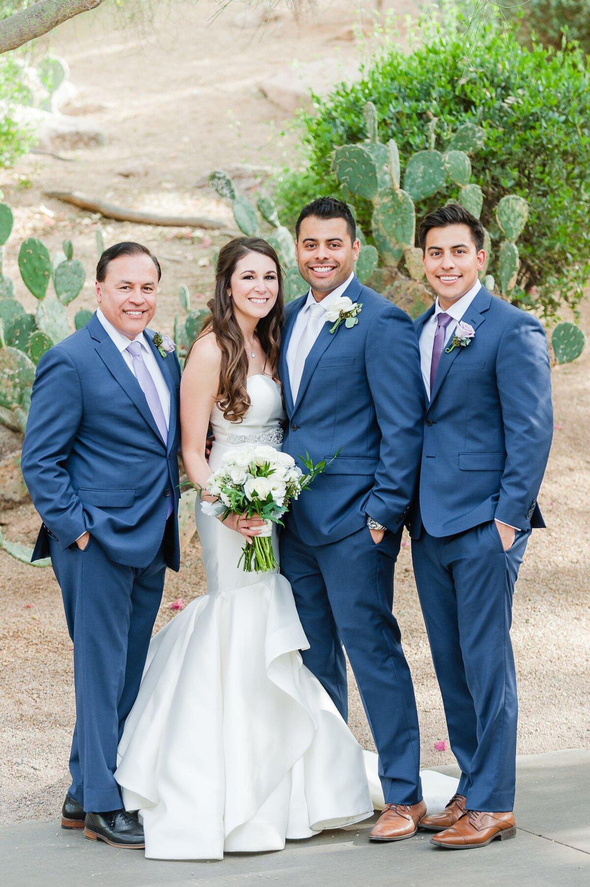 Sanctuary-on-Camelback-Wedding-by-Leslie-Ann-Photography-00025