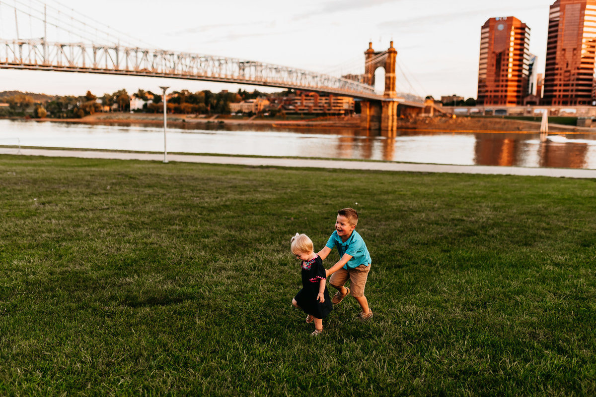 cincinnati-ohio-river-family-photography-chase