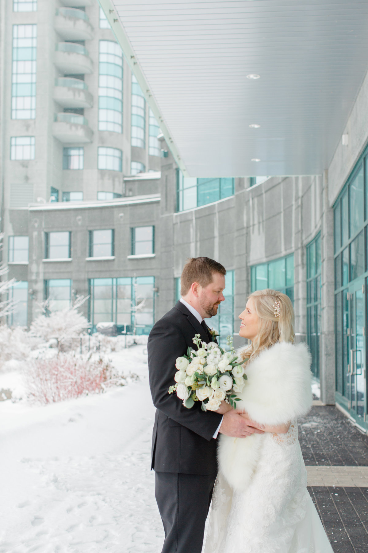 gold-white-black-tie-theme-NYE-wedding-2019-brookstreet-hotel-kanata-ontario-grey-loft-studio-36