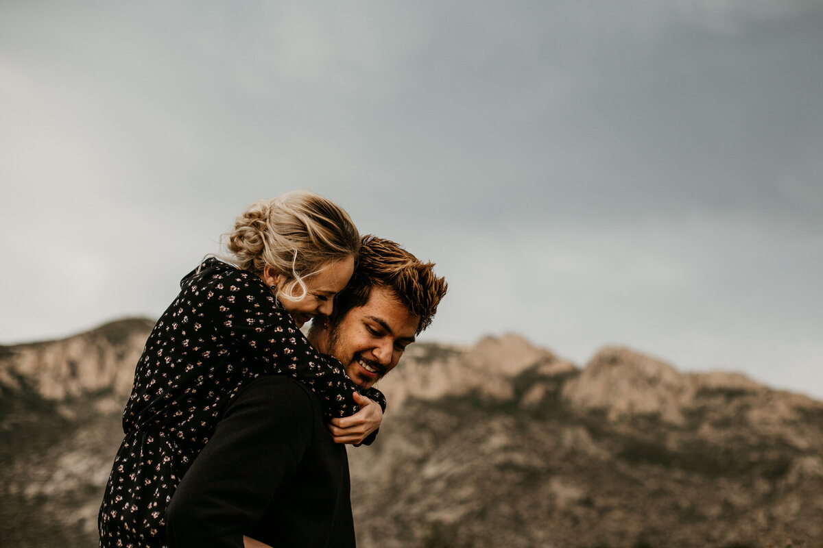 Sandia-Foothills-Engagement-Photography-Albuquerque-16