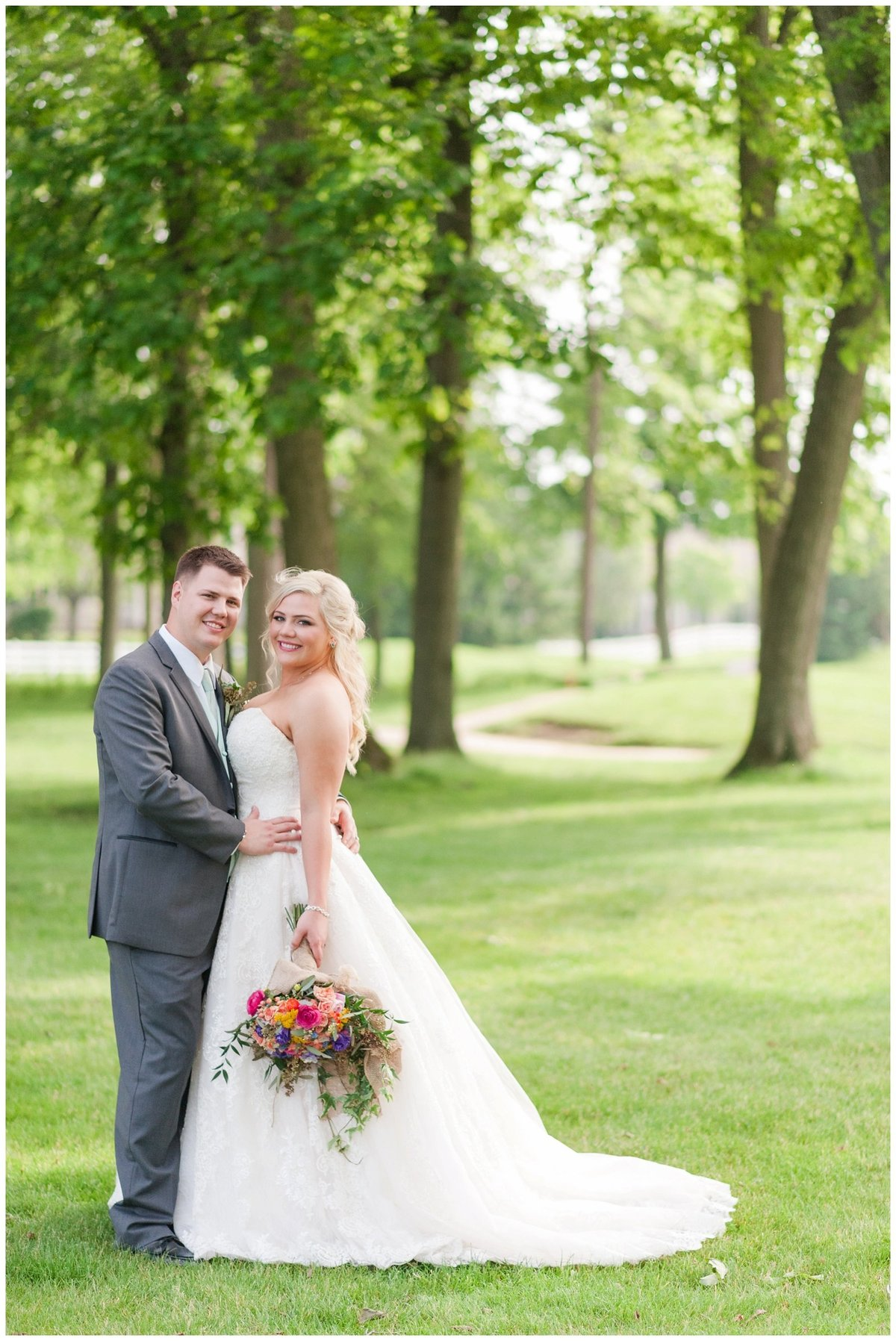 Heritage golf and country club wedding hilliard ohio wedding photos_0052