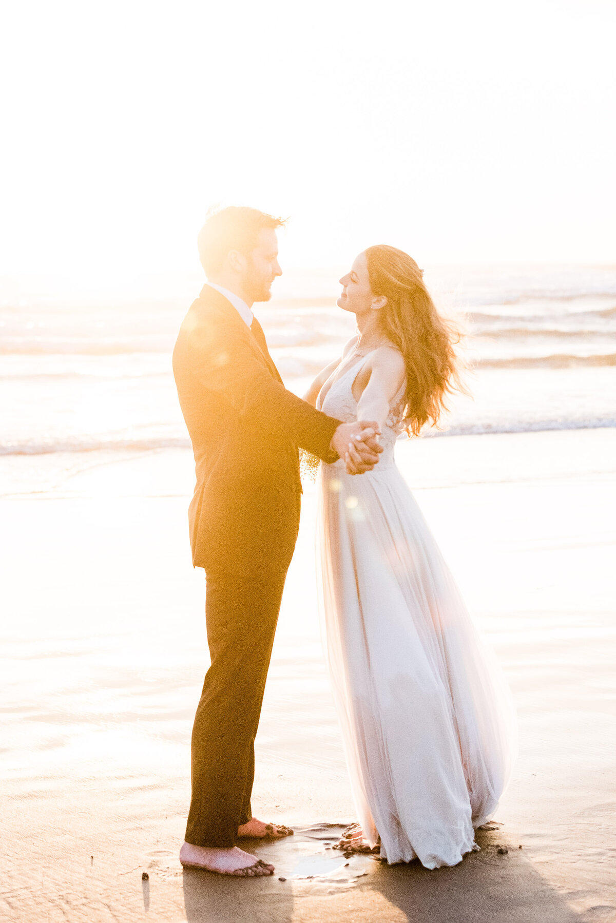 Cannon-Beach-Elopement-Photographer-69