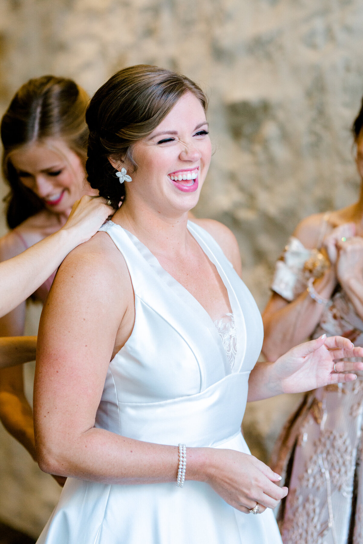 Kaylee & Michael's Wedding at Watermark Community Church | Dallas Wedding Photographer | Sami Kathryn Photography-19