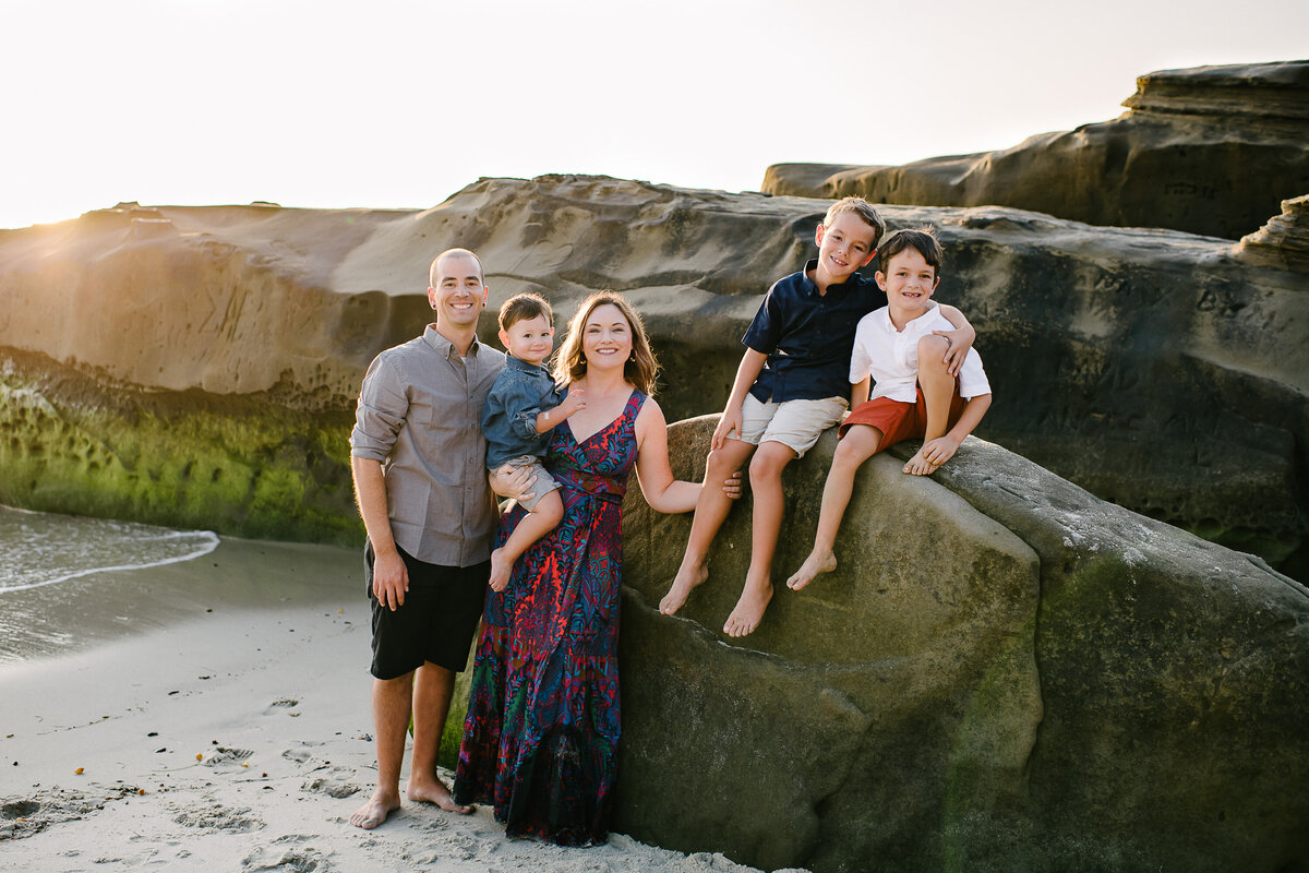 La Jolla Family Photographer-Wind and Sea Fam67
