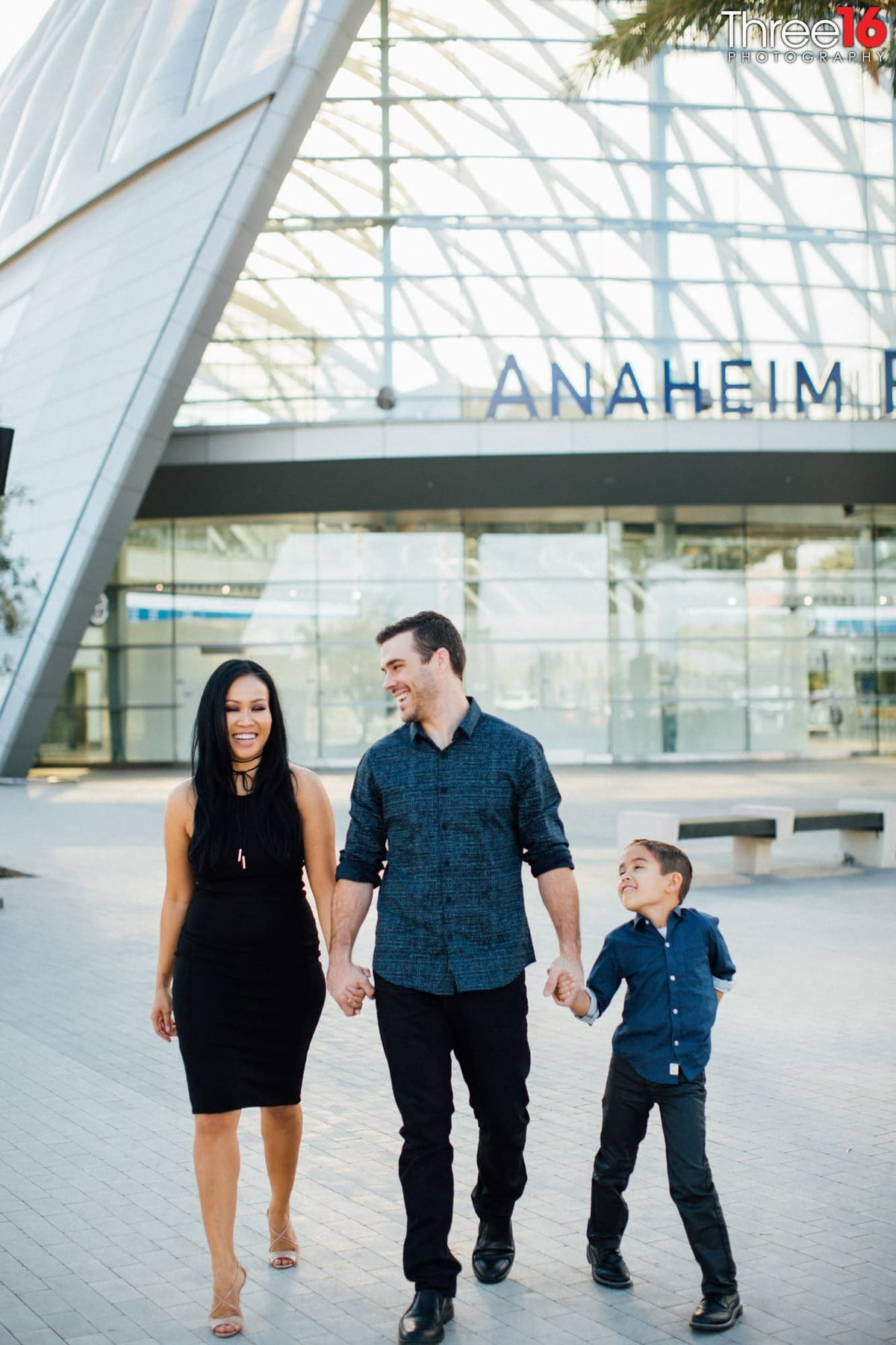ARTIC Train Station Urban Family Session