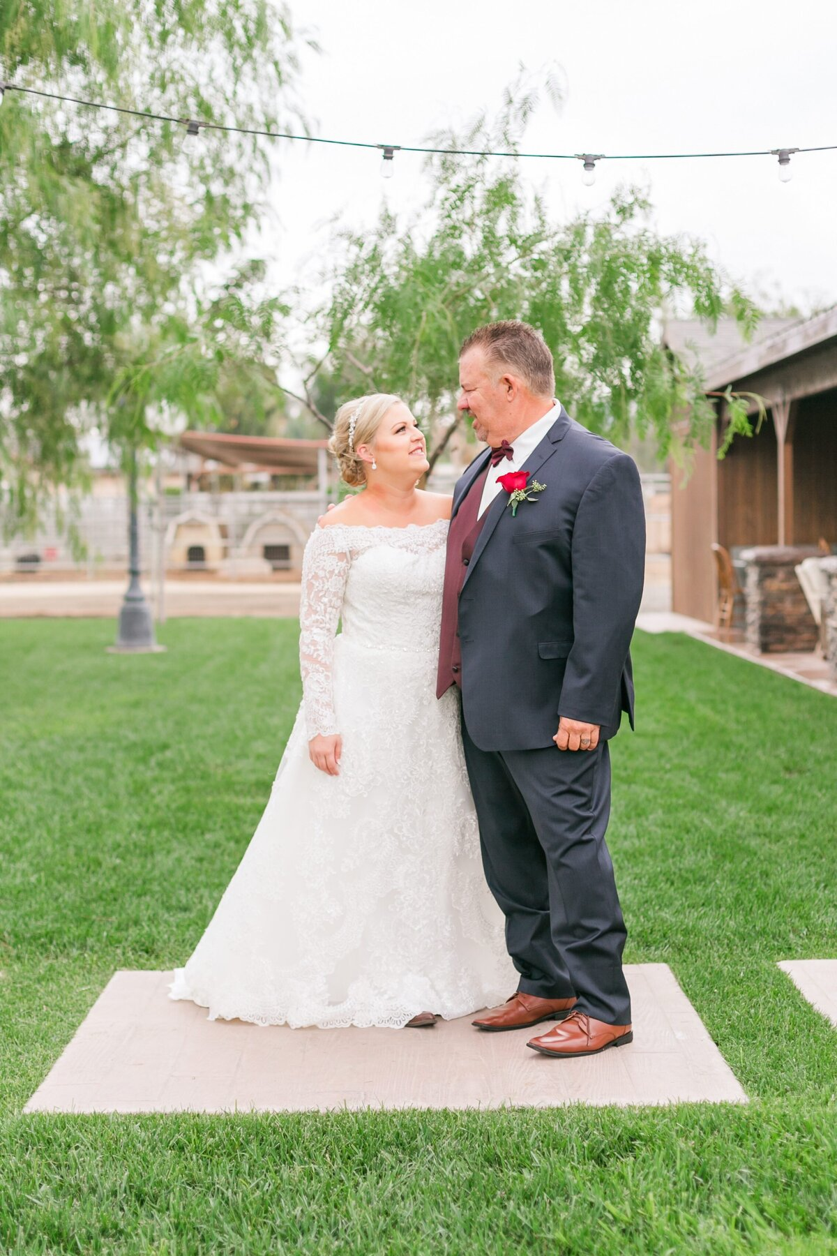 Kelli-Bee-Photography-Gallery-Farm-Southern-CA-Norco-Rustic-Wedding-Luxury-Lifestyle-Photographer-Lauren-Ben-0019