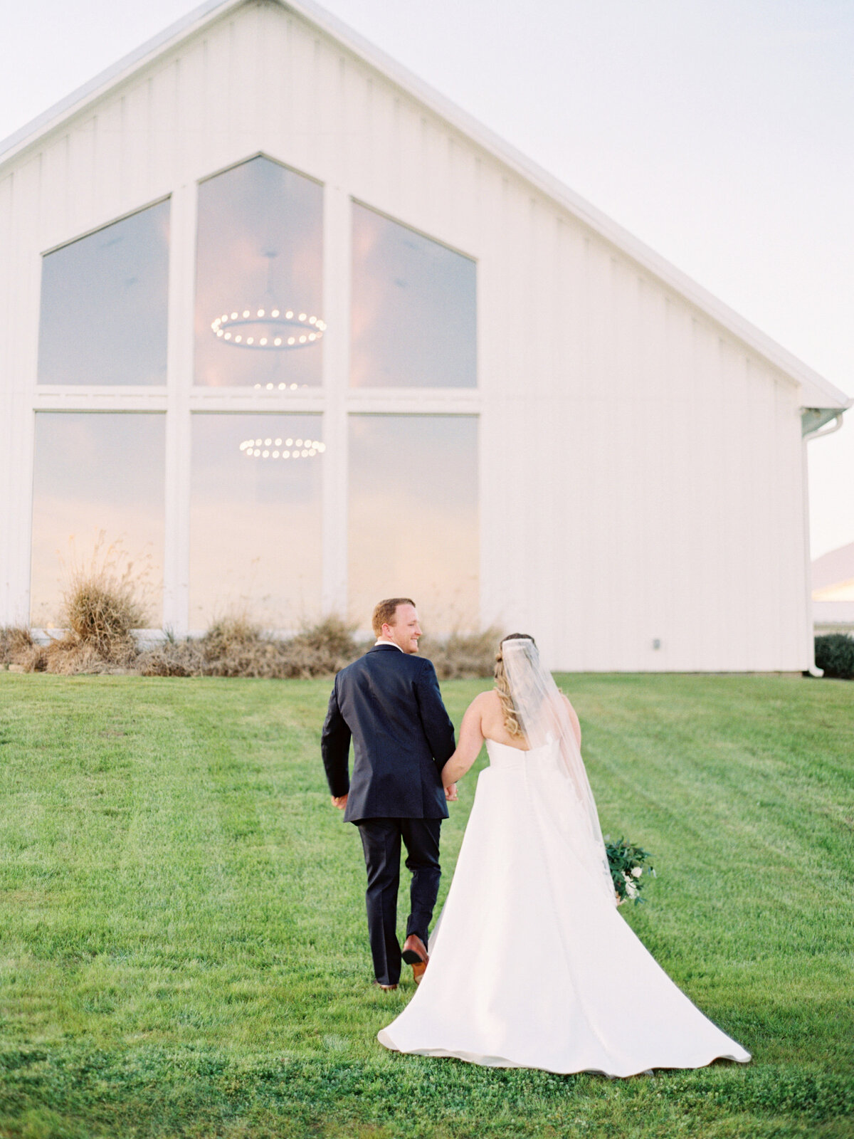 the-farmhouse-wedding-houston-texas-wedding-photographer-mackenzie-reiter-photography-9