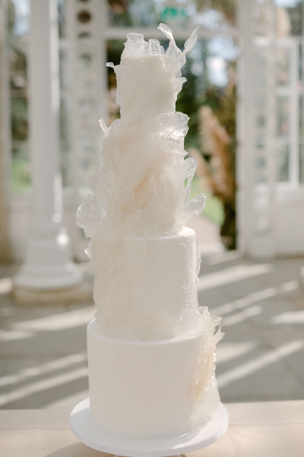 4 tier textured luxury wedding cake  Syon park| MonAnnie