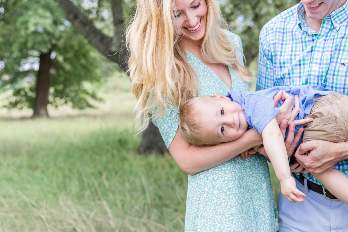 Katy Texas  Family Photography |  sweetest family snuggles with one year old