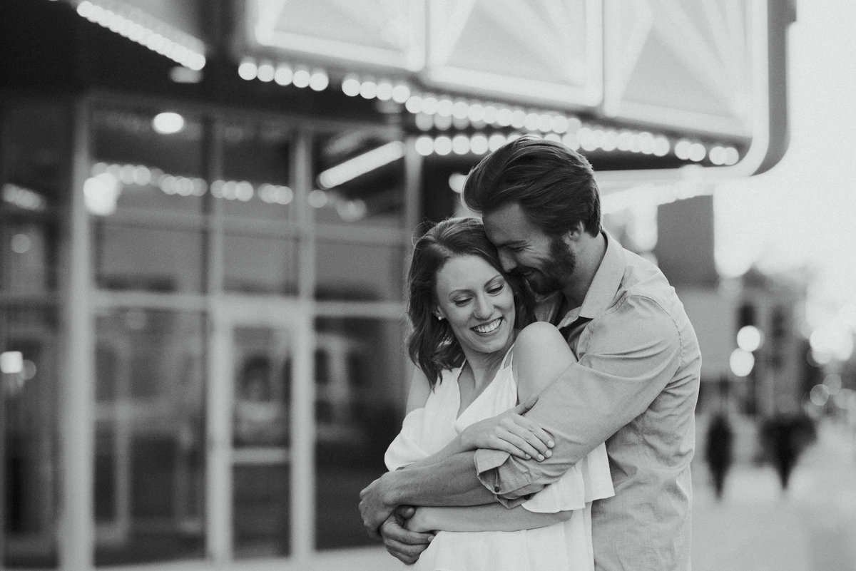 Minneapolis St Paul Engagement Photos_6945