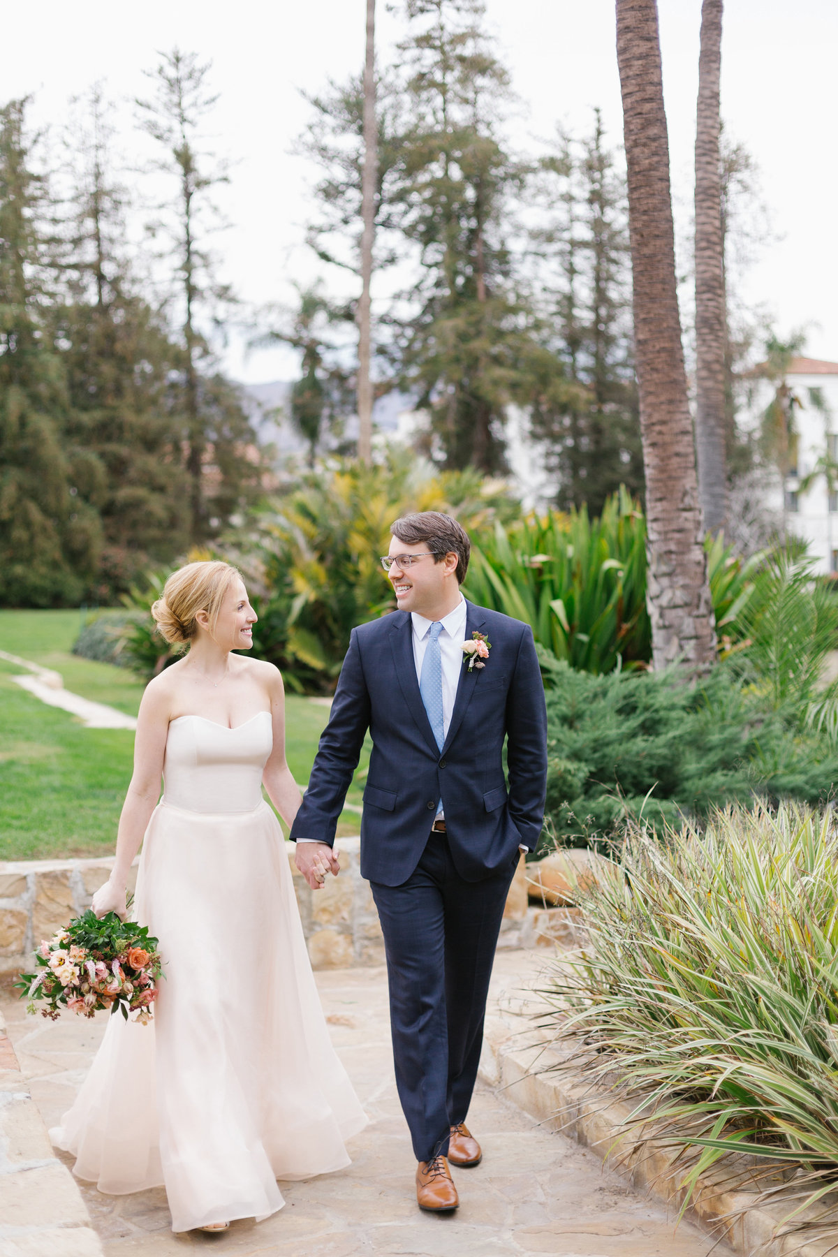 Intimate-Romantic-Santa-Barbara-Wedding-Venue-16