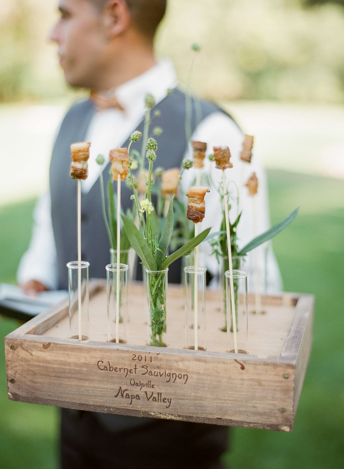 41-KTMerry-wedding-photography-horsdoeuvres-NapaValley