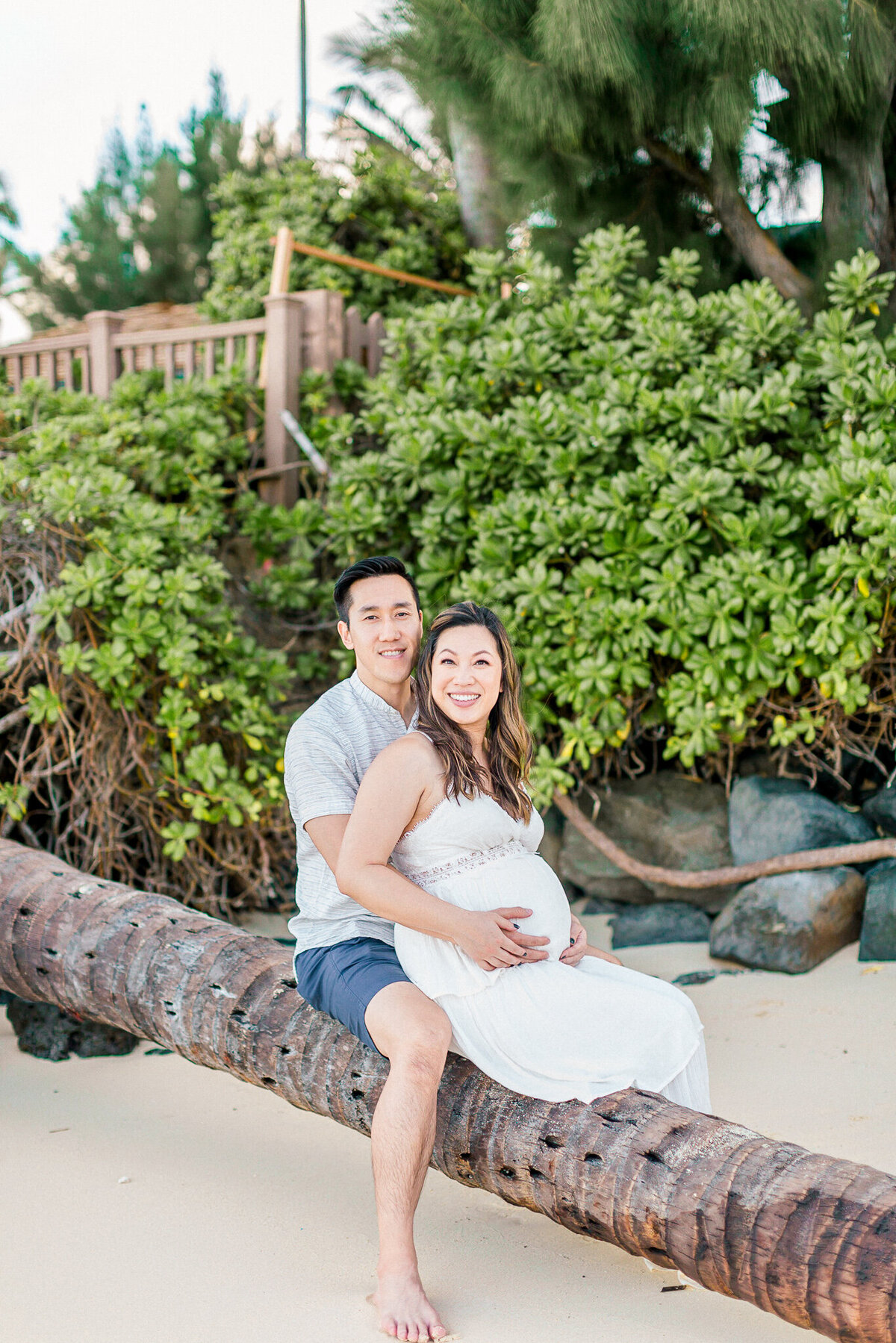 Blog-lanikai beach maternity session by hawaii maternity photographer veronica ilioi photography-0034