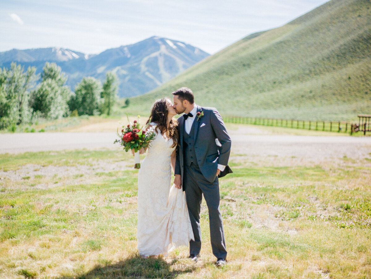 sun-valley-idaho-wedding-trail-creek-lodge-philip-casey-photography-036