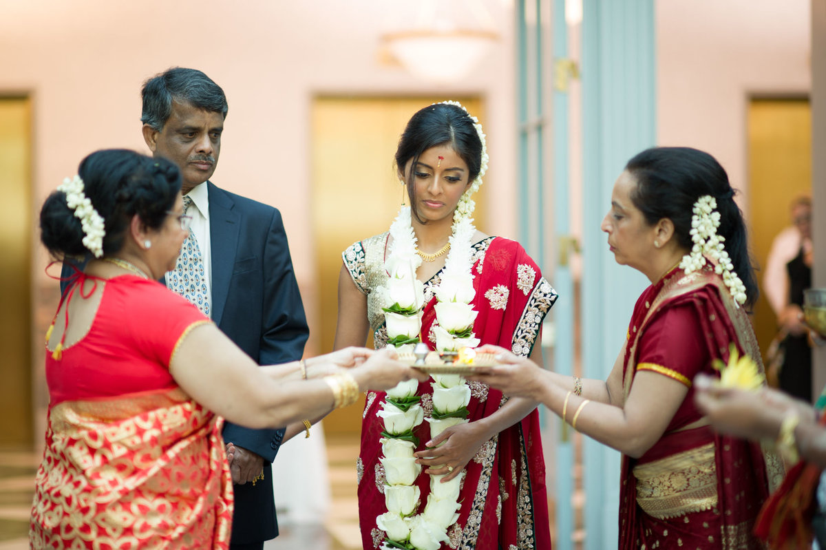 Harold-Washington-Library-South-Asian-Wedding-093