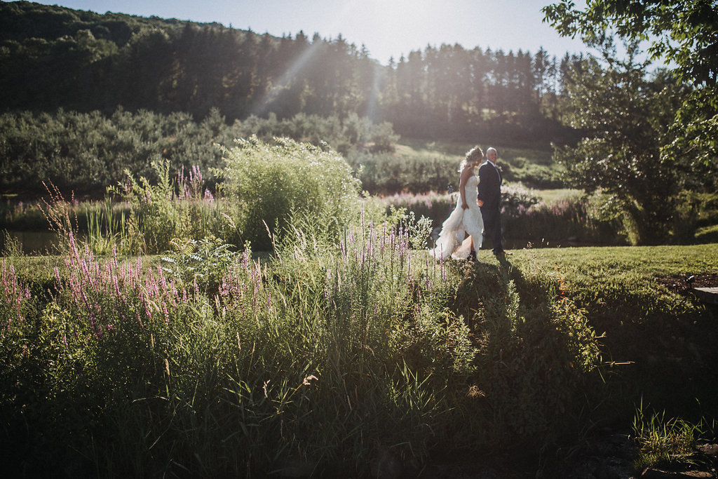 Monica_Relyea_Events_Dawn_Honsky_Photography_bride_and_groom_Nostrano_Vineyard4