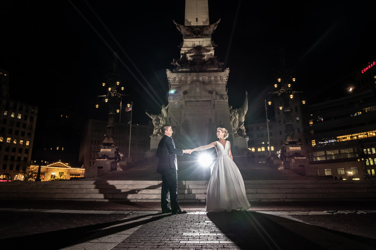 MonumentCircleWeddingPhotography