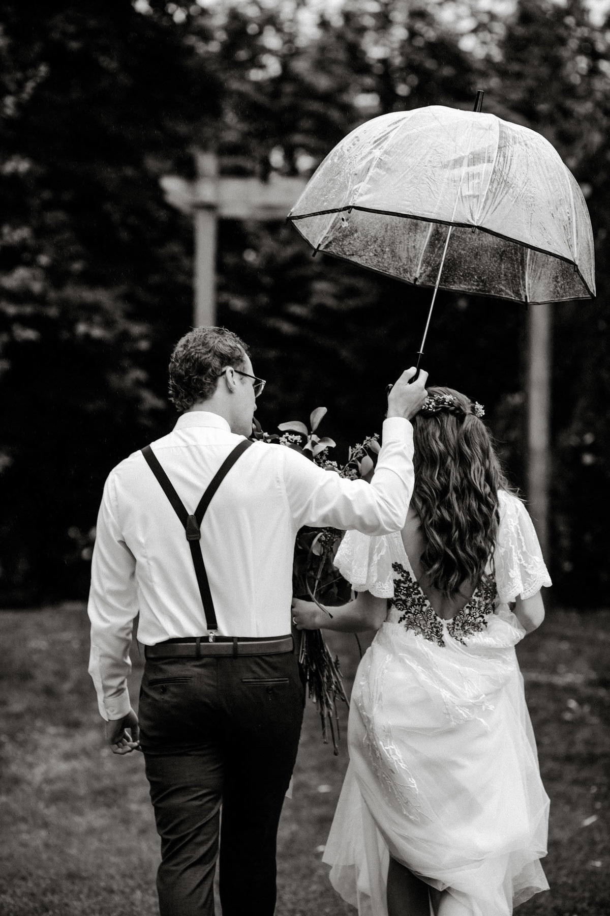 danika lee photography_kelowna vancouver okanagan summerland lake country wedding and elopement photographer candid film documentary colourful candid romantic dark and moody-351