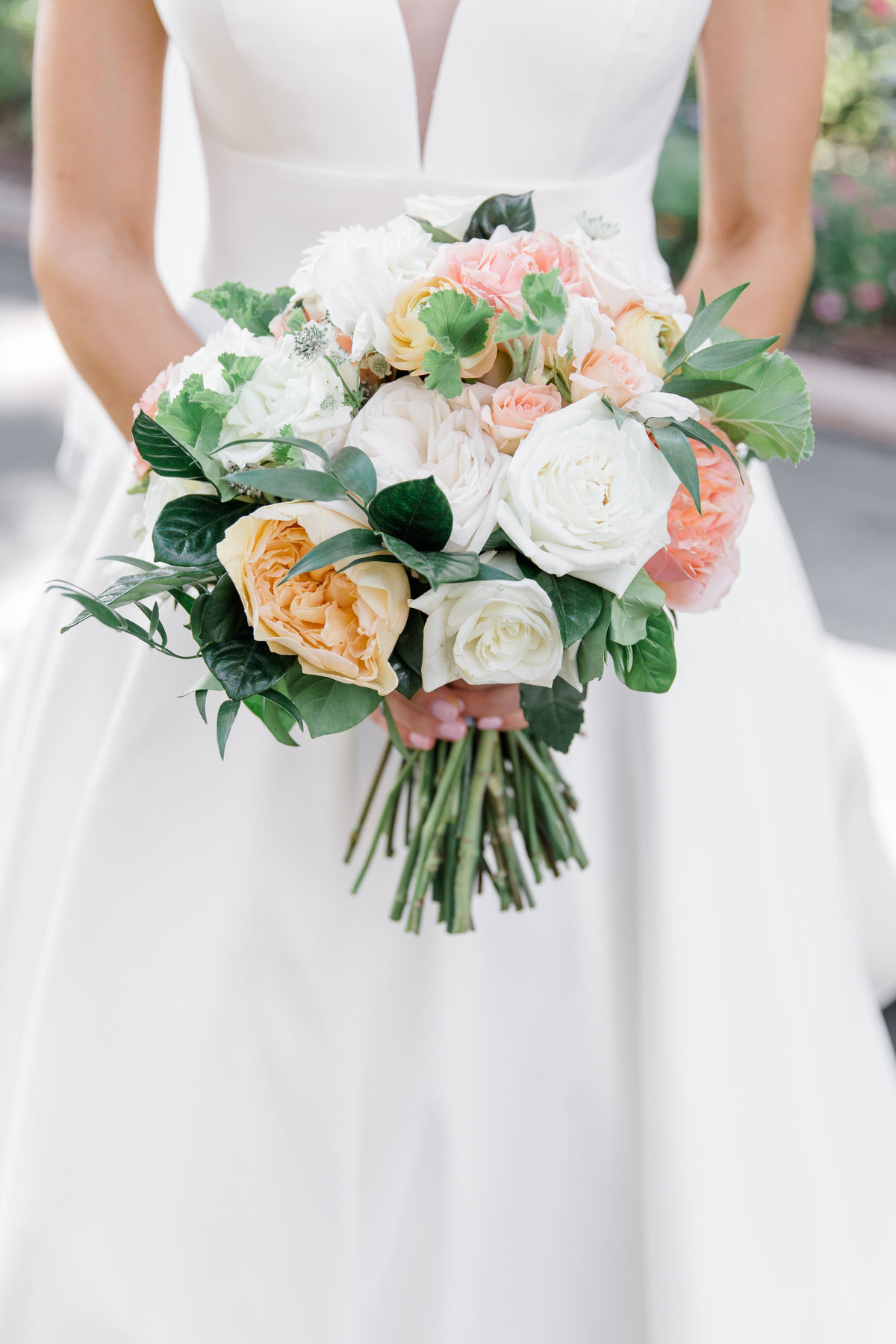 Beautiful peach and white bridal bouquet