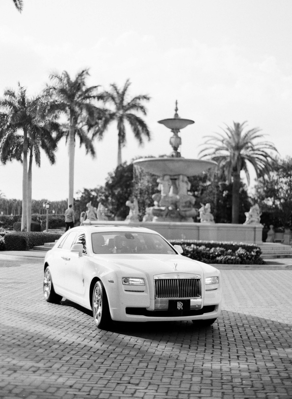 20-KTMerry-weddings-Rolls-Royce-car-Palm-Beach