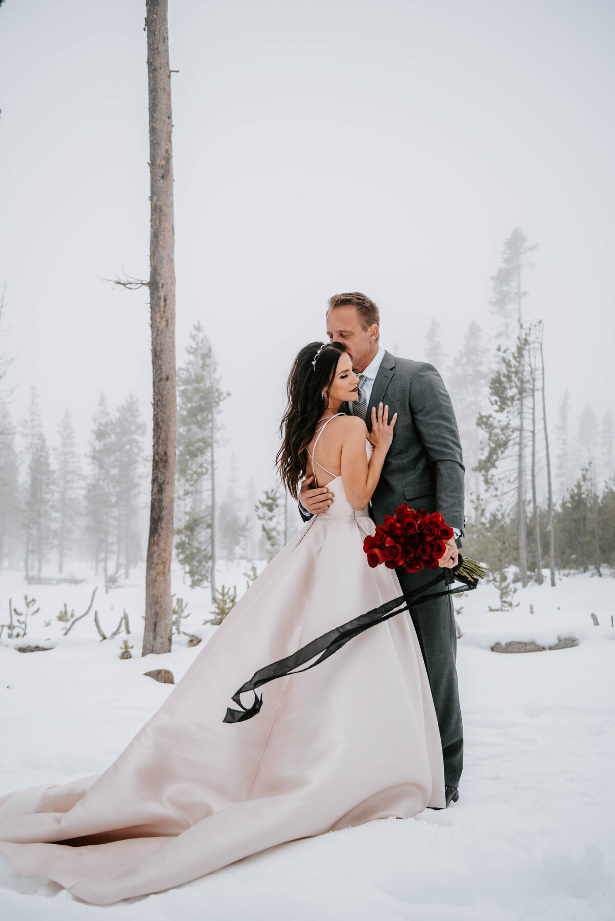 mt-bachelor-snow-winter-elopement-bend-oregon-wedding-photographer-2271