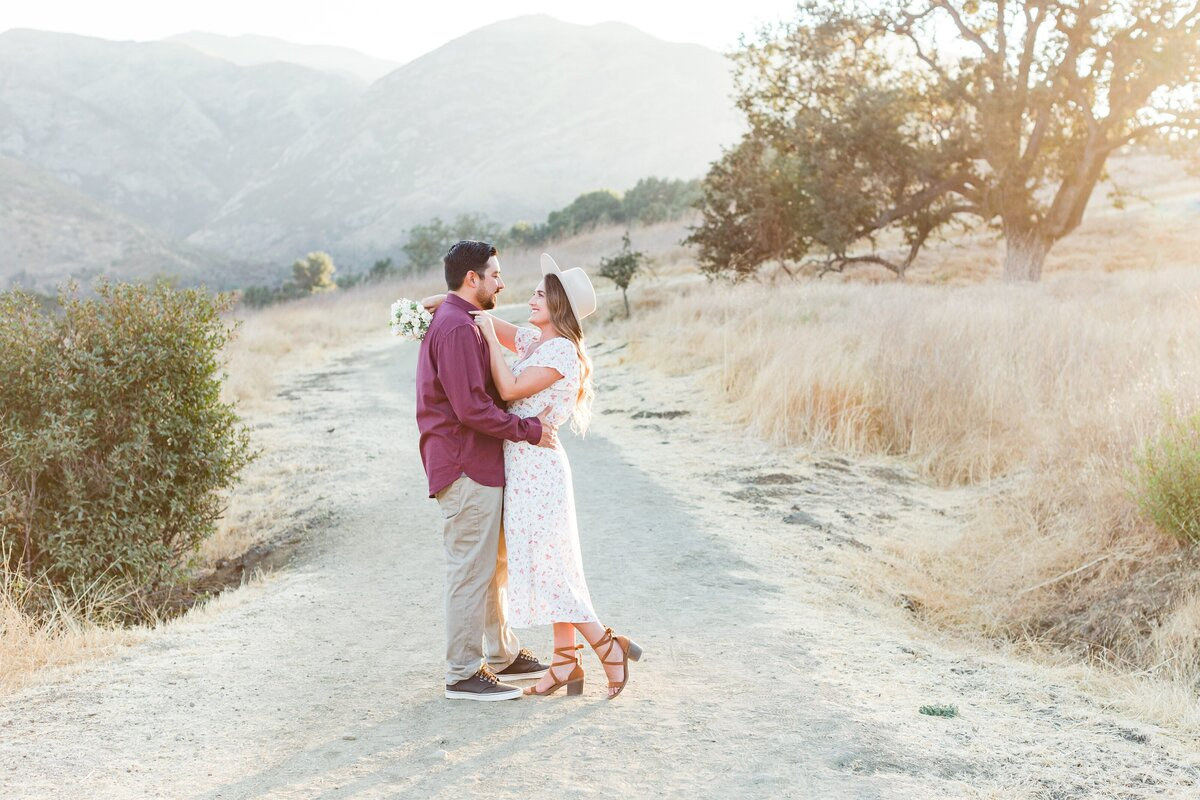 blog-Malibu-State-Creek-Park-Engagament-Shoot-boho-0053