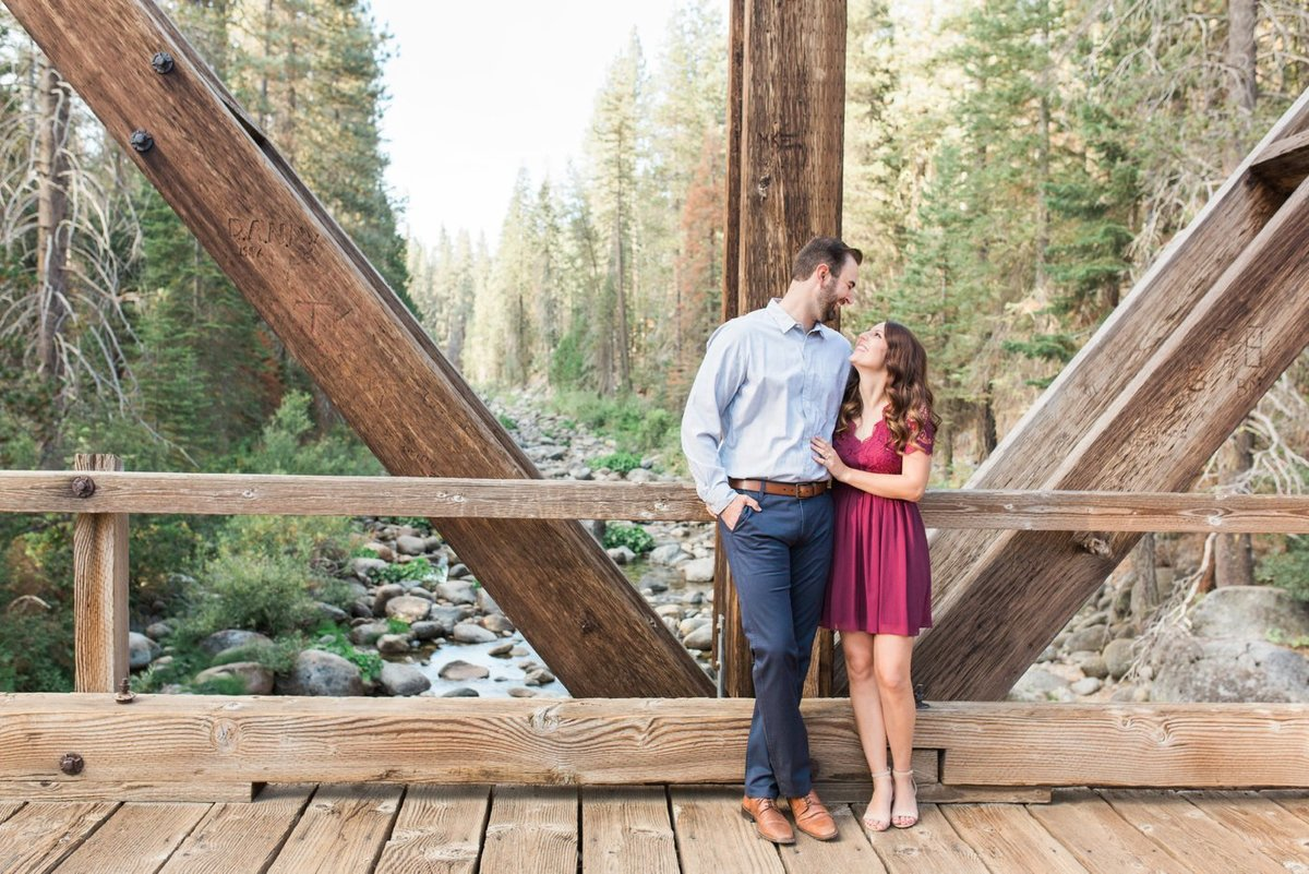 MODESTO-WEDDING-PHOTOGRAPHER-ENGAGEMENT-PHOTOS-25