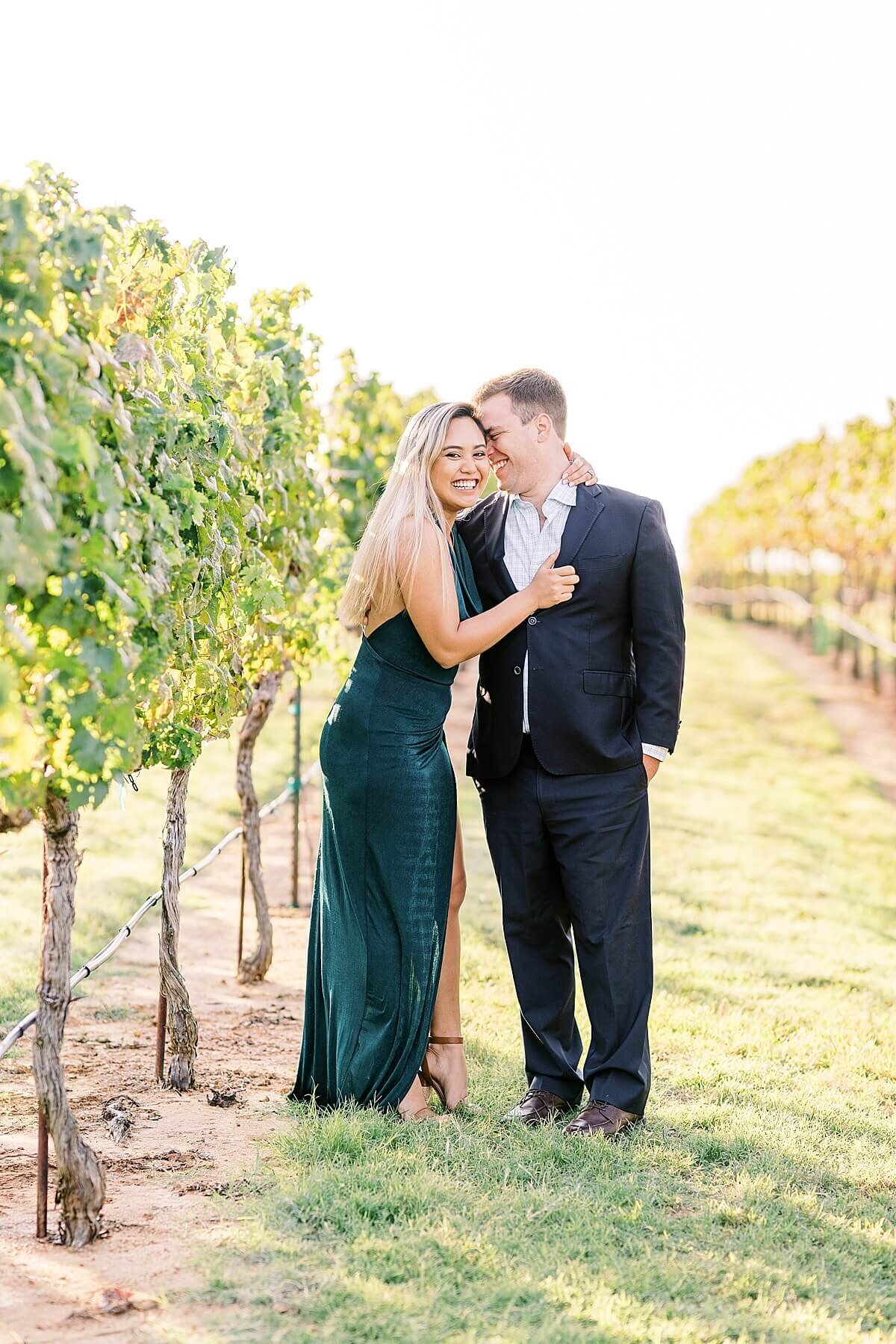 Texas-Hill-Country-Vineyard-Engagement-Portrait-Session-Alicia-Yarrish-Photography_0065