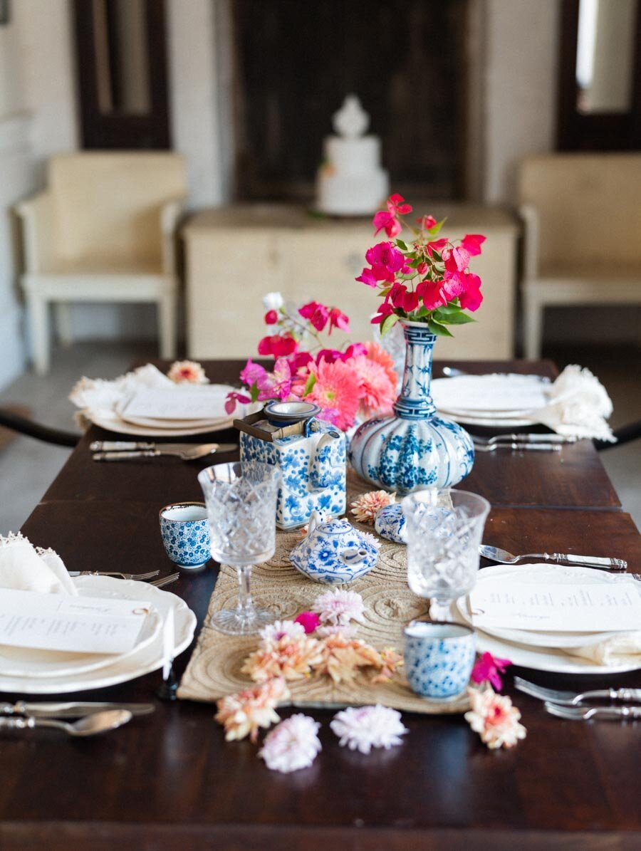 Bougainvillea Centerpiece in Blue and White Ginger Jars Indian Wedding Photographer Bonnie Sen Photography